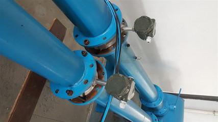 电磁流量计量表减少弯管影响的安装法